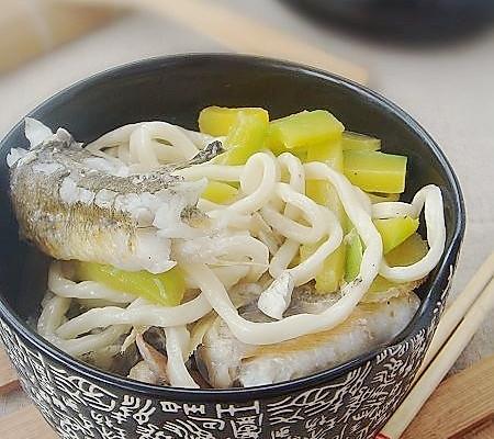 南瓜鱼汤面的做法_【图解】南瓜鱼汤面怎么做如何做