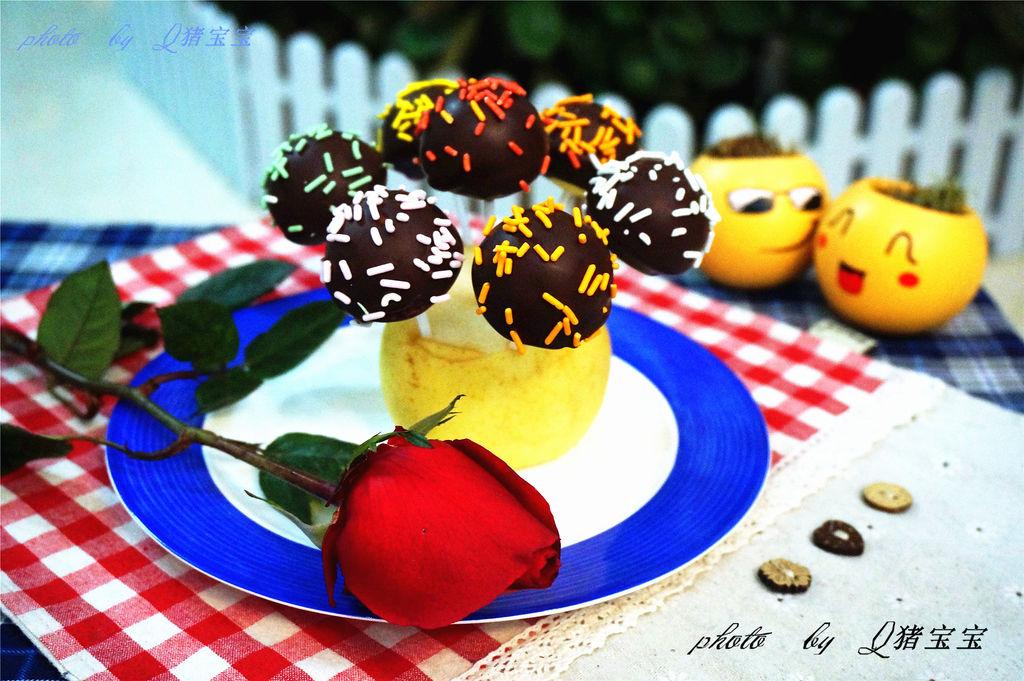 泡打粉1g 黑巧克力适量 #九阳烘焙剧场#巧克力棒棒糖蛋糕的做法步骤