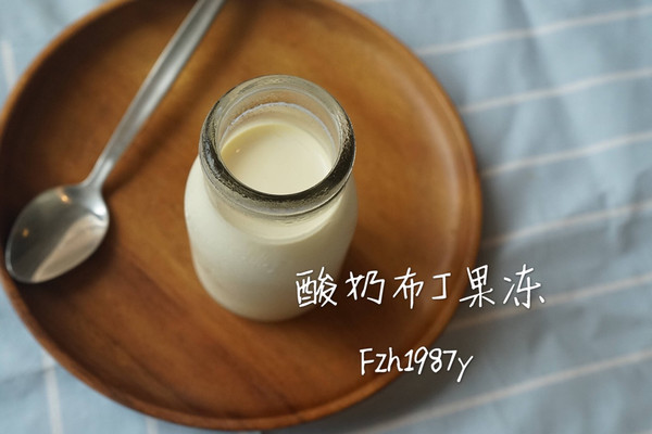 酸奶布丁~有冰箱就可以做的甜品的做法