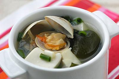 海带豆腐蛤蜊汤