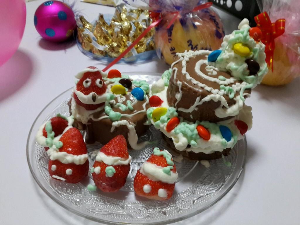 圣诞树桩蛋糕的做法图解1