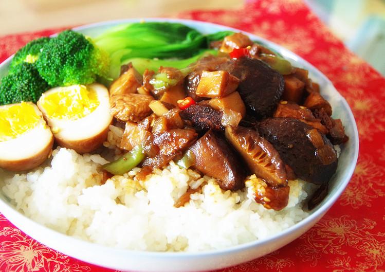 一大碗白米饭图片