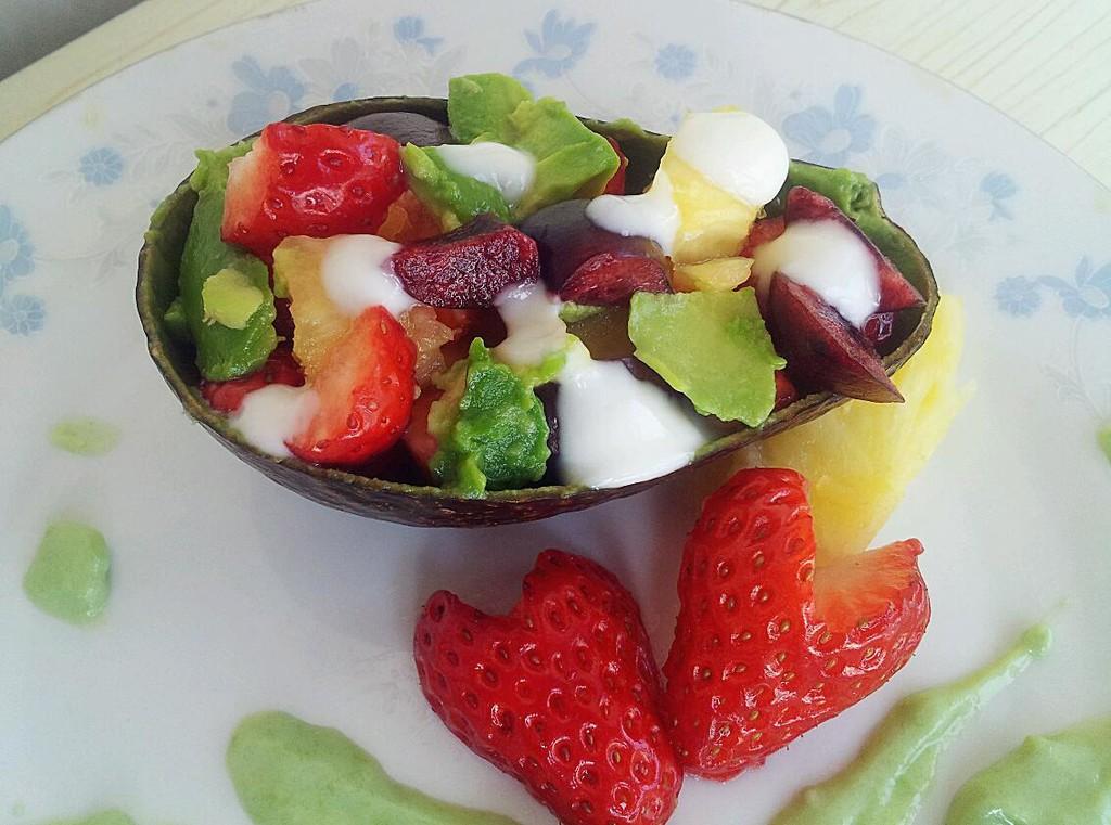 一抹新绿~~~牛油果酱水果沙拉图片