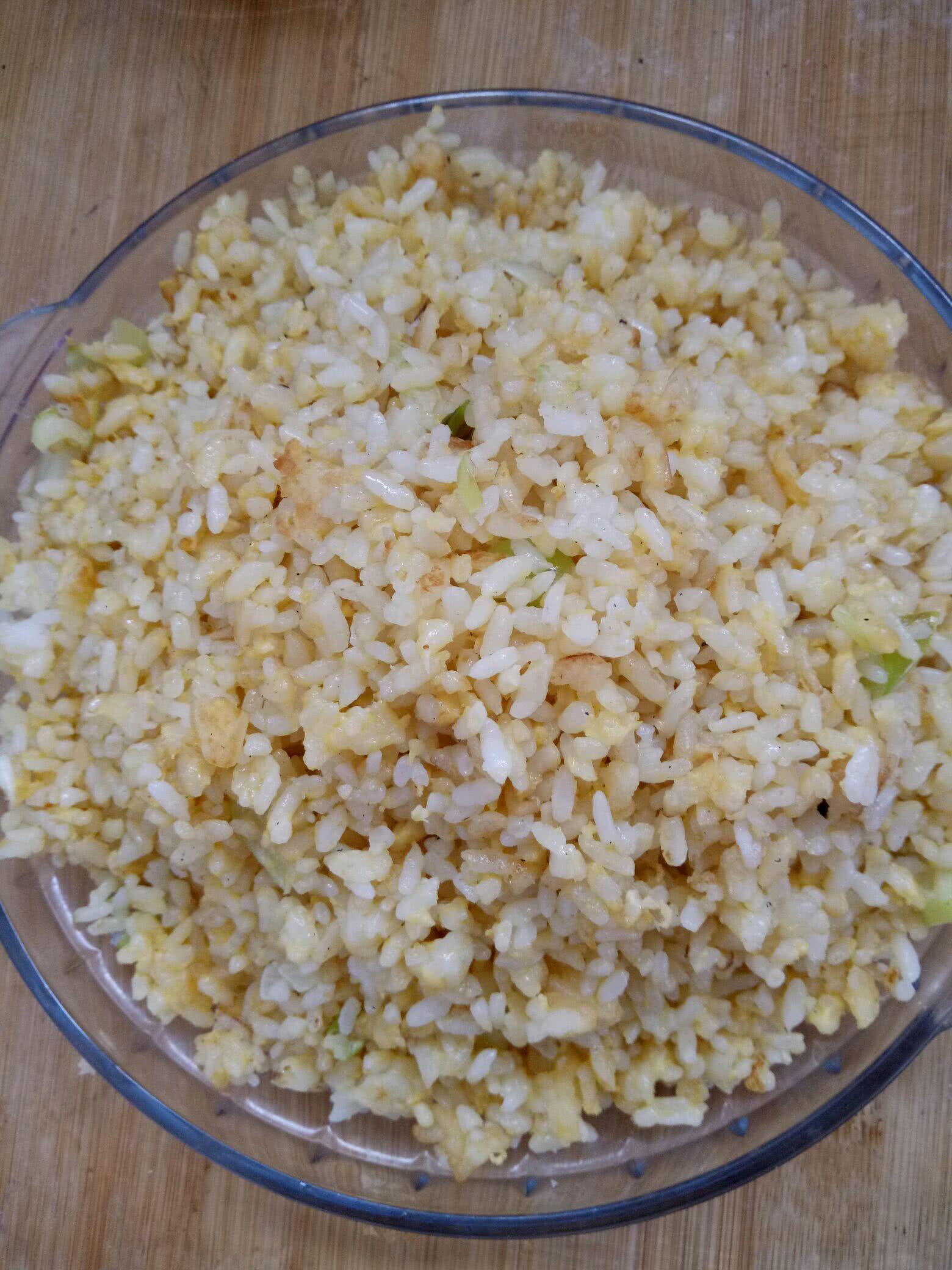 米饭新吃法黄金炒饭的做法图解2