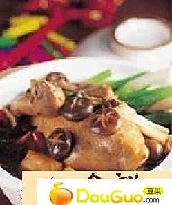 香菇鸡砂锅的做法