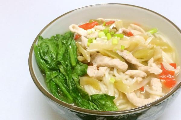榨菜红枣剁椒元气肉丝面早餐雪耳排骨汤图片