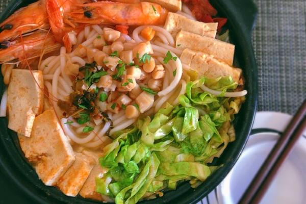 三鲜砂锅米线 谁都可以做的美味