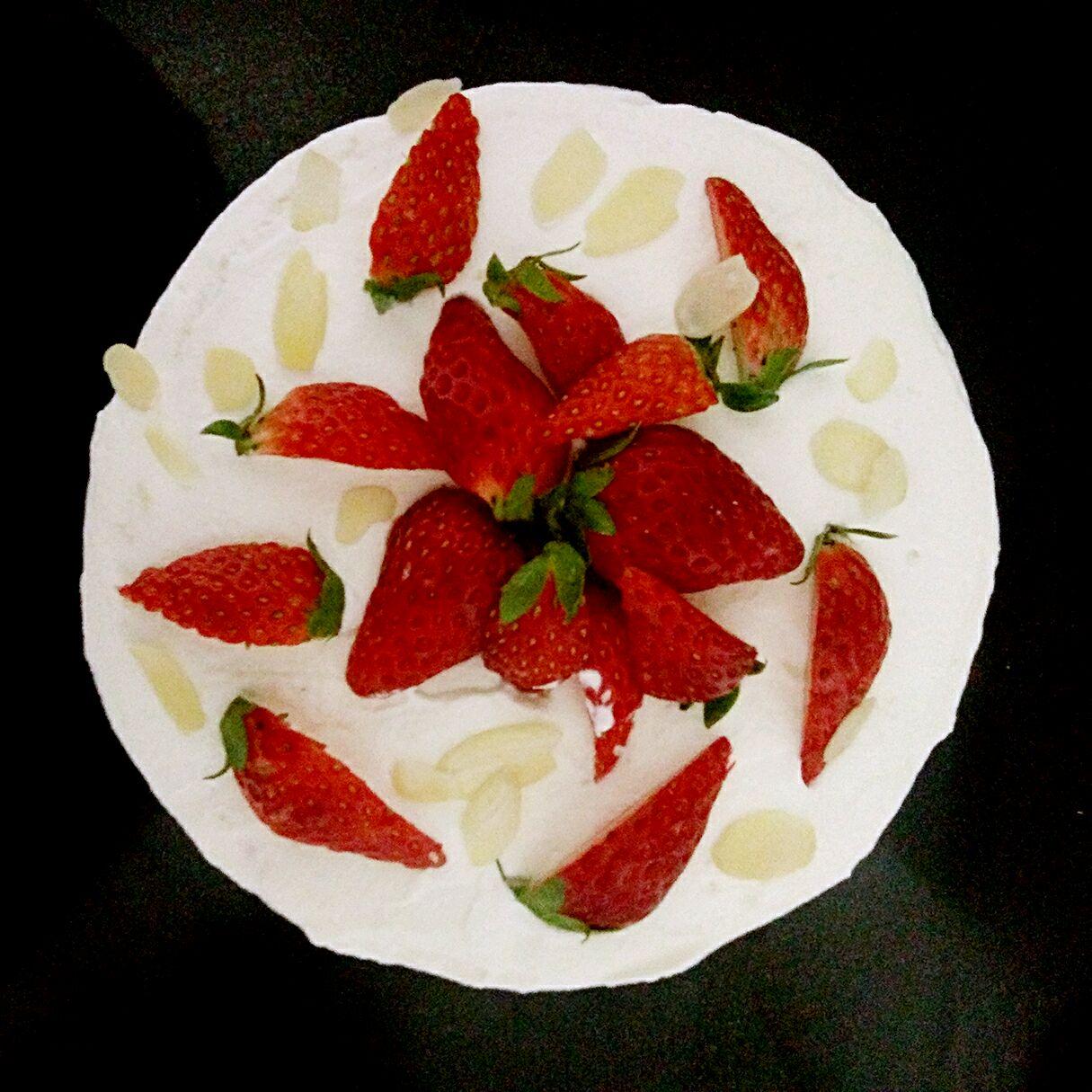 草莓蛋糕的做法图解7