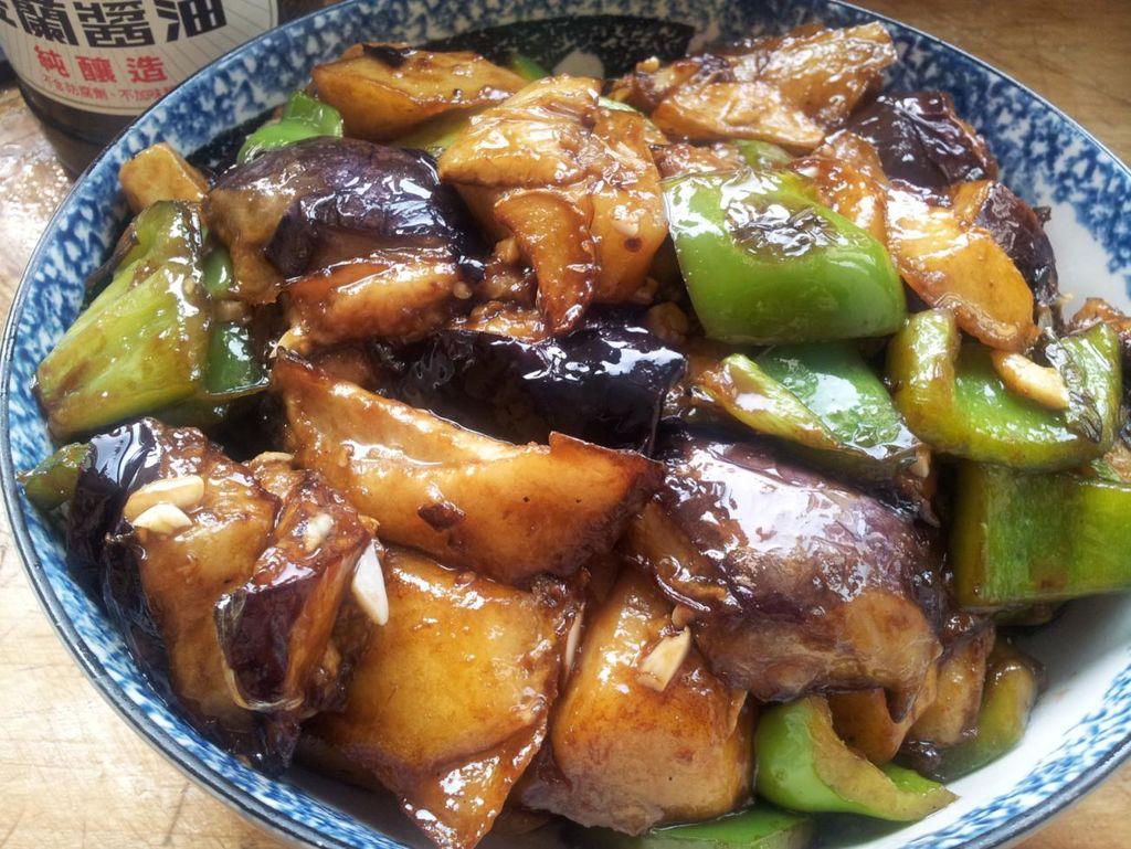 传统东北菜地三鲜的做法图解5