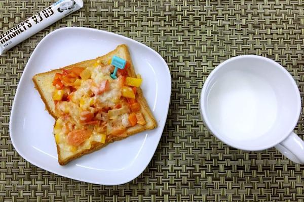 干酪碎适量 午餐肉1勺 学生早餐的做法步骤 分类:        本菜谱的