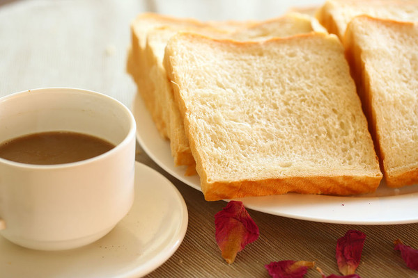 面包奶茶矢量图