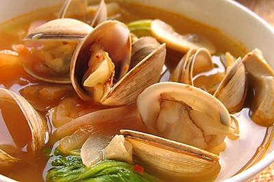 韩式泡菜蛤蜊汤
