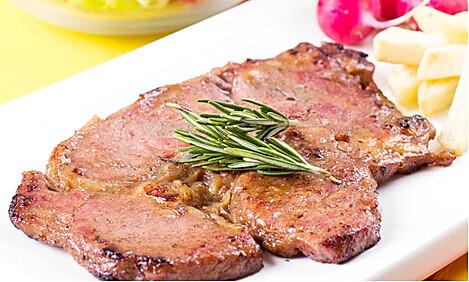 红酒烤牛排,制作简单,吃起来富有弹性