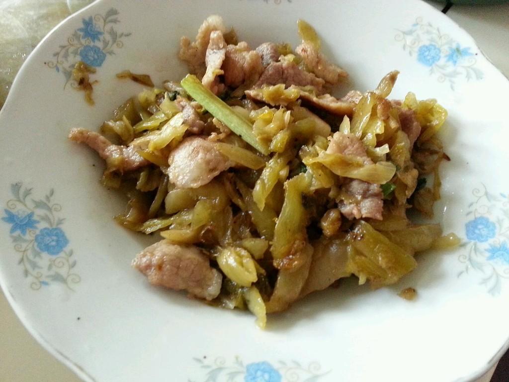 主料 咸菜 肉丝 辅料   酱油 盐 油 糖 家常菜-肉丝炒咸菜的做法步骤