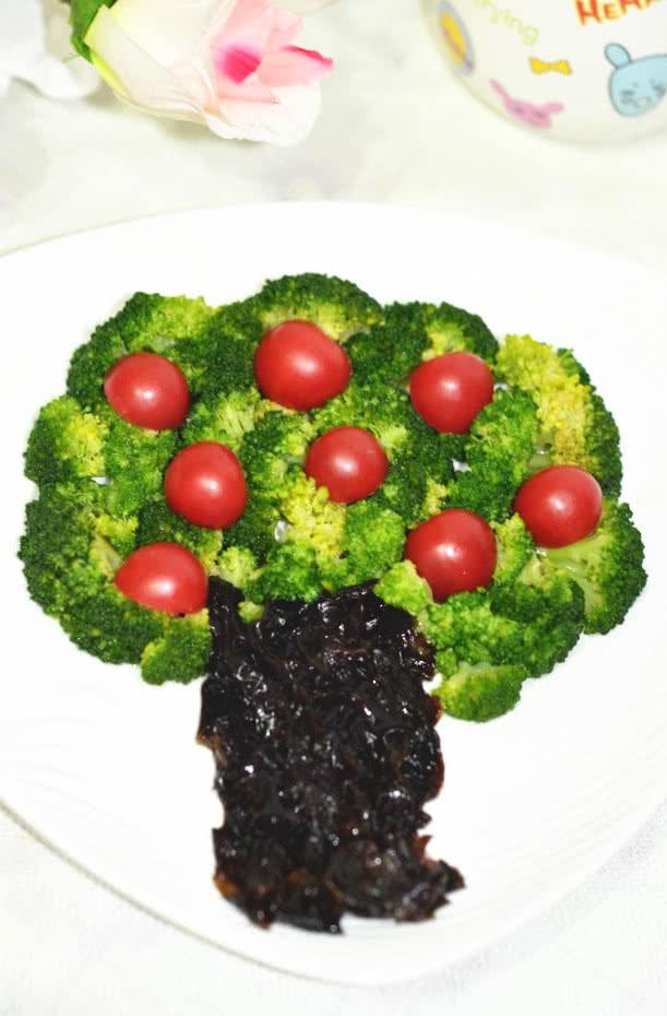给蔬菜摆个造型【西兰花苹果树】的做法图解5图片