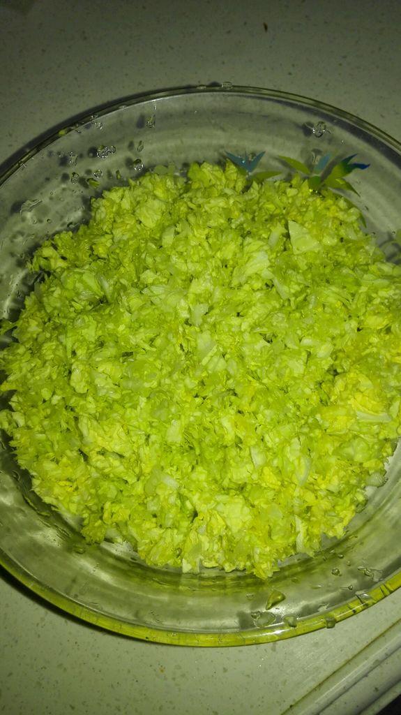 水炒白菜叶鸡蛋的做法步骤
