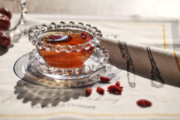 红枣生姜红糖水的做法_【图解】红枣生姜红糖水怎么做