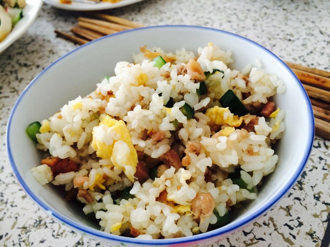 炒米饭的做法步骤