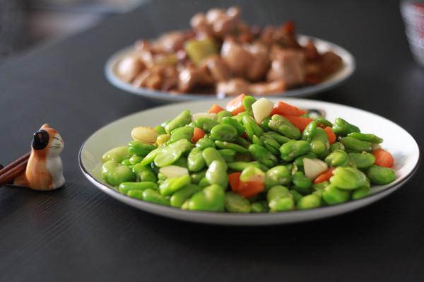 素炒蚕豆米