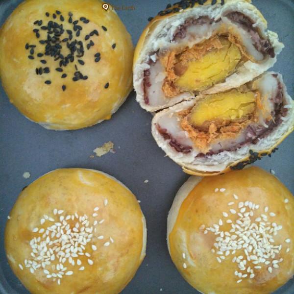ai木亚的q心馅中馅蛋黄酥做法的学习成果照_豆果美食