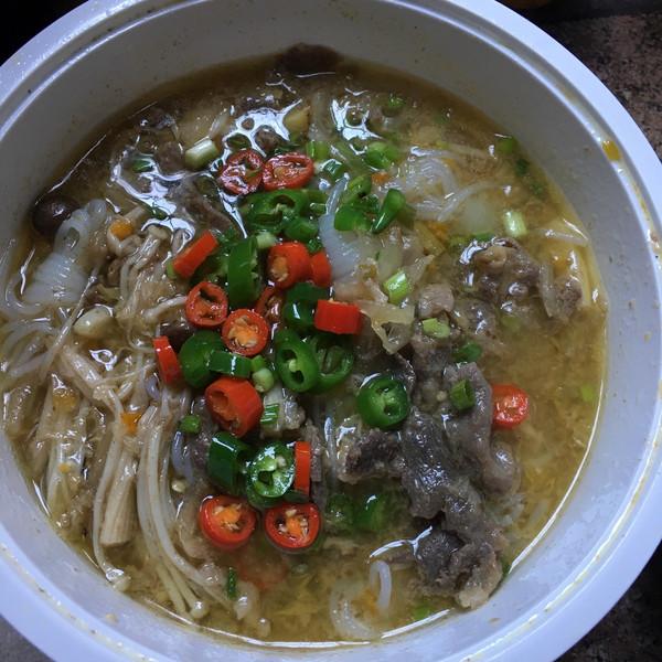 古牛奶的酸汤不用丨酸酸开胃超辣辣【微体兔菜怎样用黄油做面包肥牛古乐图片