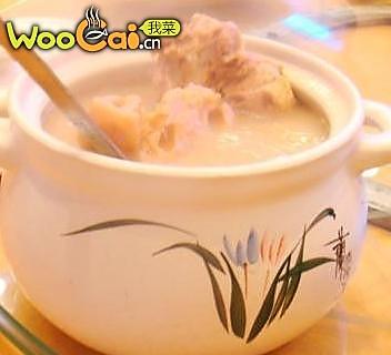 莲藕大骨汤的做法