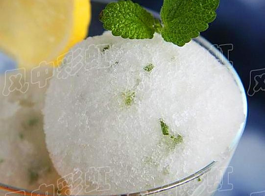 薄荷柠檬冰霜的做法
